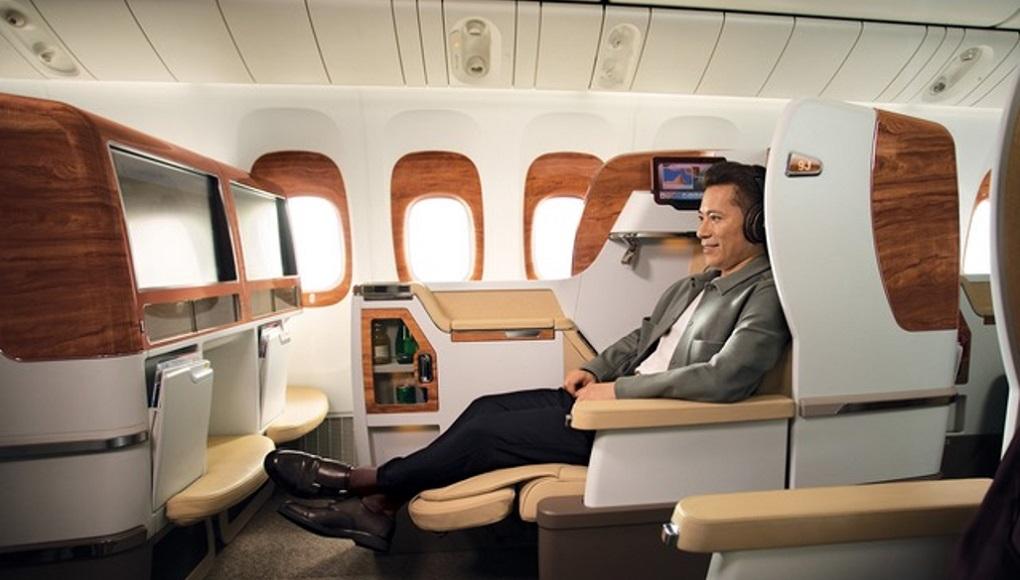 Emirates_Boeing 777-300ER_2
